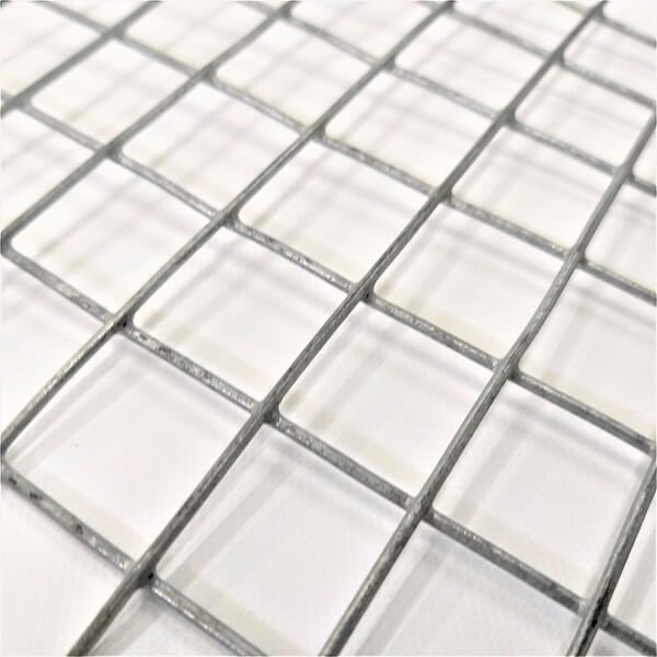 Tela para reforço de argamassa e concreto de aço galvanizado