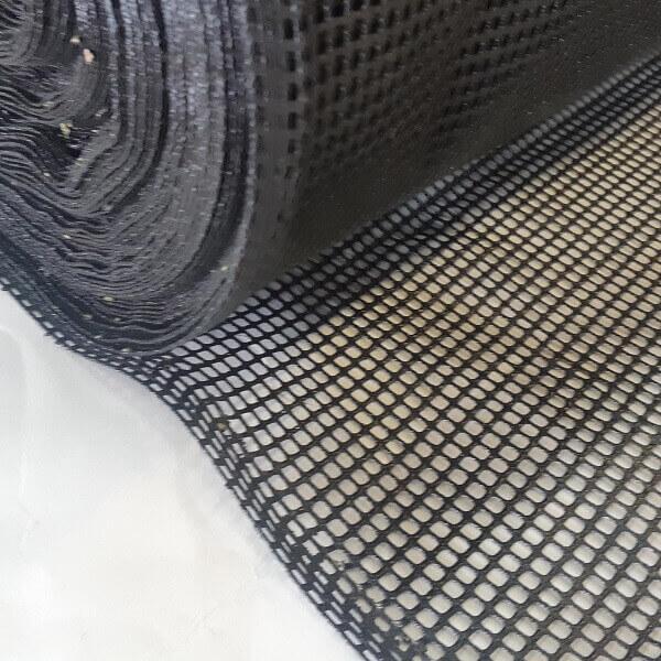 Tela de poliéster com PVC - abertura 4x5 mm